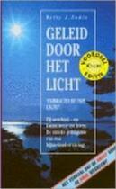 Geleid door het licht - Betty J. Eadie (ISBN 9789022981979)