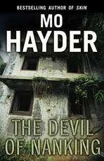 Devil of Nanking - Mo Hayder (ISBN 9780553824858)