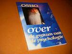 Over de grenzen van de psychologie - Osho, David Rabe, Vertaalafdeling Osho Commune International (ISBN 9789071985089)