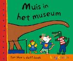 Muis in het museum - Lucy Cousins (ISBN 9789025852320)