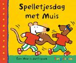 Spelletjesdag met Muis - Lucy Cousins (ISBN 9789025869502)