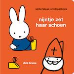 nijntje - sinterklaas omdraaiboek - Dick Bruna (ISBN 9789056477783)