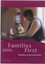 Families First - Helena Spanjaard, Marianne Haspels (ISBN 9789085600060)