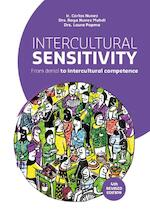 Intercultural sensitivity - Carlos Nunez, Raya Nunez-Mahdi, Laura Popma (ISBN 9789023255550)