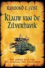 Klauw van de Zilverhavik - Raymond E. Feist (ISBN 9789022533741)