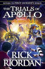 The Burning Maze - Rick Riordan (ISBN 9780141364001)