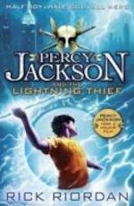 Percy Jackson and the Lightning Thief - Rick Riordan (ISBN 9780141346809)