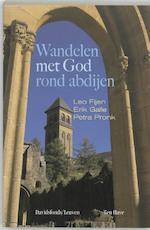 Wandelen met God rond abdijen - Leo Fijen (ISBN 9789077942062)