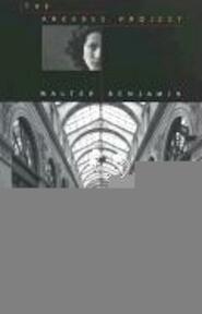Arcades Project - Walter Benjamin (ISBN 9780674008021)
