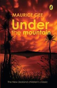 Under the Mountain - Maurice Gee (ISBN 9780143305019)
