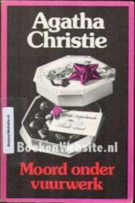 Moord onder vuurwerk - Agatha Christie (ISBN 9789021824659)