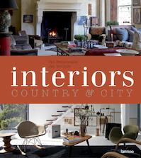Interiors - Country & City - P. Swimberghe (ISBN 9789020979459)