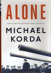 Alone - Michael Korda (ISBN 9781631491320)
